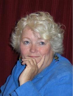 Suzanne Camin